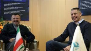 Иран ухажва Радо Стойчев (видео + снимки)