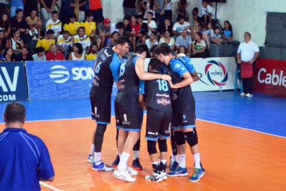 Тодор Алексиев с 11 точки, Персонал спечели редовния сезон в Аржентина (видео)