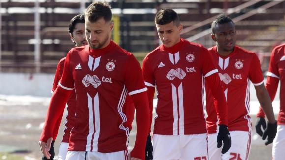Играчите на ЦСКА-София вкараха четири гола за 40 минути в Албена
