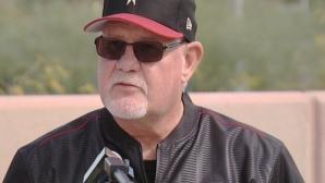 Треньор на Аризона диагностициран с рак