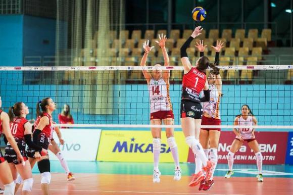 Христина Русева с 15 точки, Галатасарай напред за Купата на CEV