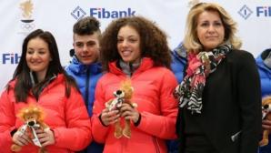 Нанси Окоро и Ванеса Емилова се класираха за старта на 5 км ски-бягане на Световното в северните дисциплини