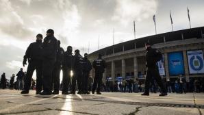 Футболни хулигани вилняха в Берлин, 96 са арестувани (видео)