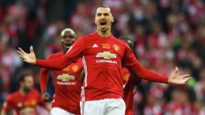 Ман Юнайтед - Ливърпул 44:44 по купи, сметката в Англия е странна