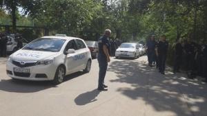 """""""Армията"""" под обсада от полиция и фенове на Стяуа"""