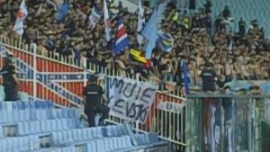 """Феновете на Стяуа с обиден плакат срещу """"Левски"""""""
