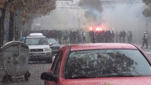 Синьо шествие под снега в центъра на София