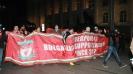 Само в Sportal.bg: Шествието на феновете на Ливърпул в центъра на София от 2 гледни точки