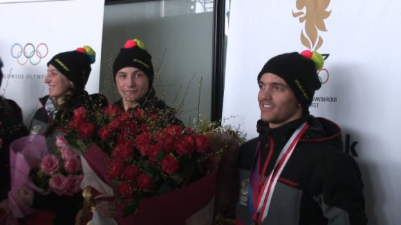 Шампионско посрещане за Алберт и младите ни олимпийци