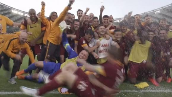Дива радост за играчите на Рома след победата над Лацио