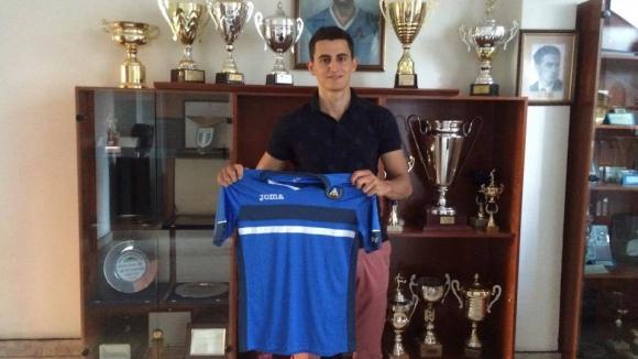 Георги Костадинов: Имах оферти от чужбина, но избрах Левски