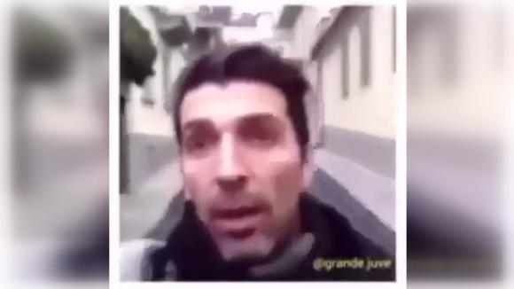 Фен на Милан прекъсна видеоселфито на Джиджи Буфон