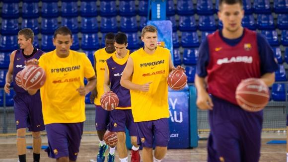 Първа тренировка на Везенков с Барселона
