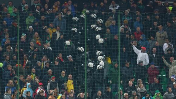Феновете на Литва и Англия се биха преди мача във Вилнюс