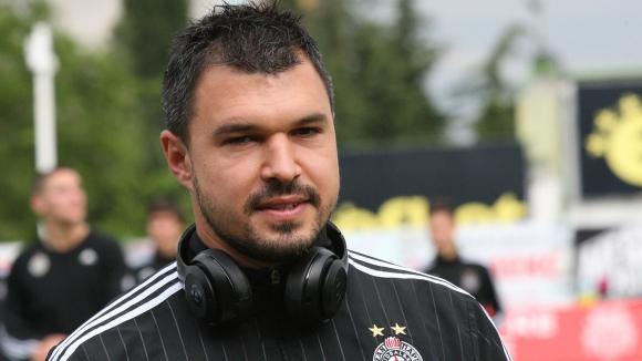 Божинов отново бележи, Погон - Партизан 0:3