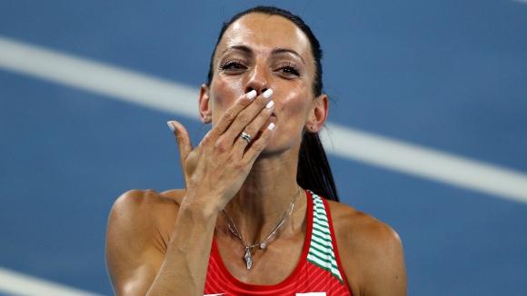 Ивет Лалова: Оставам, защото мога да бягам още по-бързо
