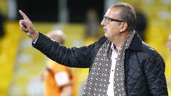 Треньорът на Алжир Жорж Леекенс подаде оставка