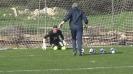 Здрава тренировка за вратарите на Левски