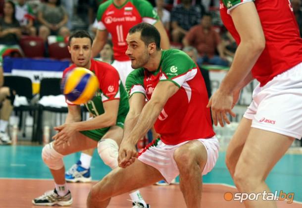 България стартира с бързо 3:0 срещу Пакистан