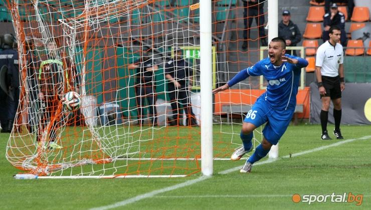 Левски победи Литекс с гол на Валери Божинов в Ловеч