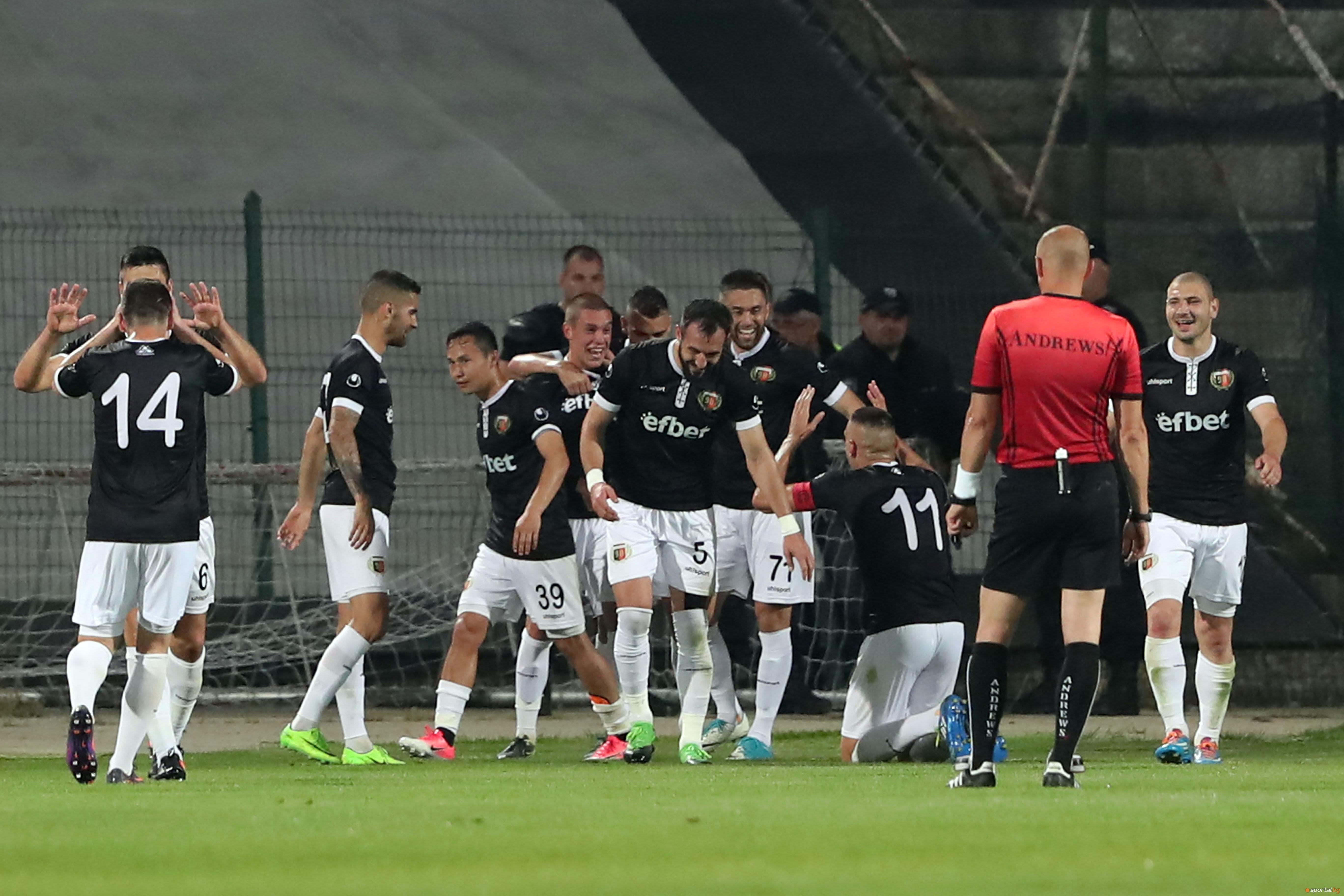 Локомотив Пд - Левски 2:1