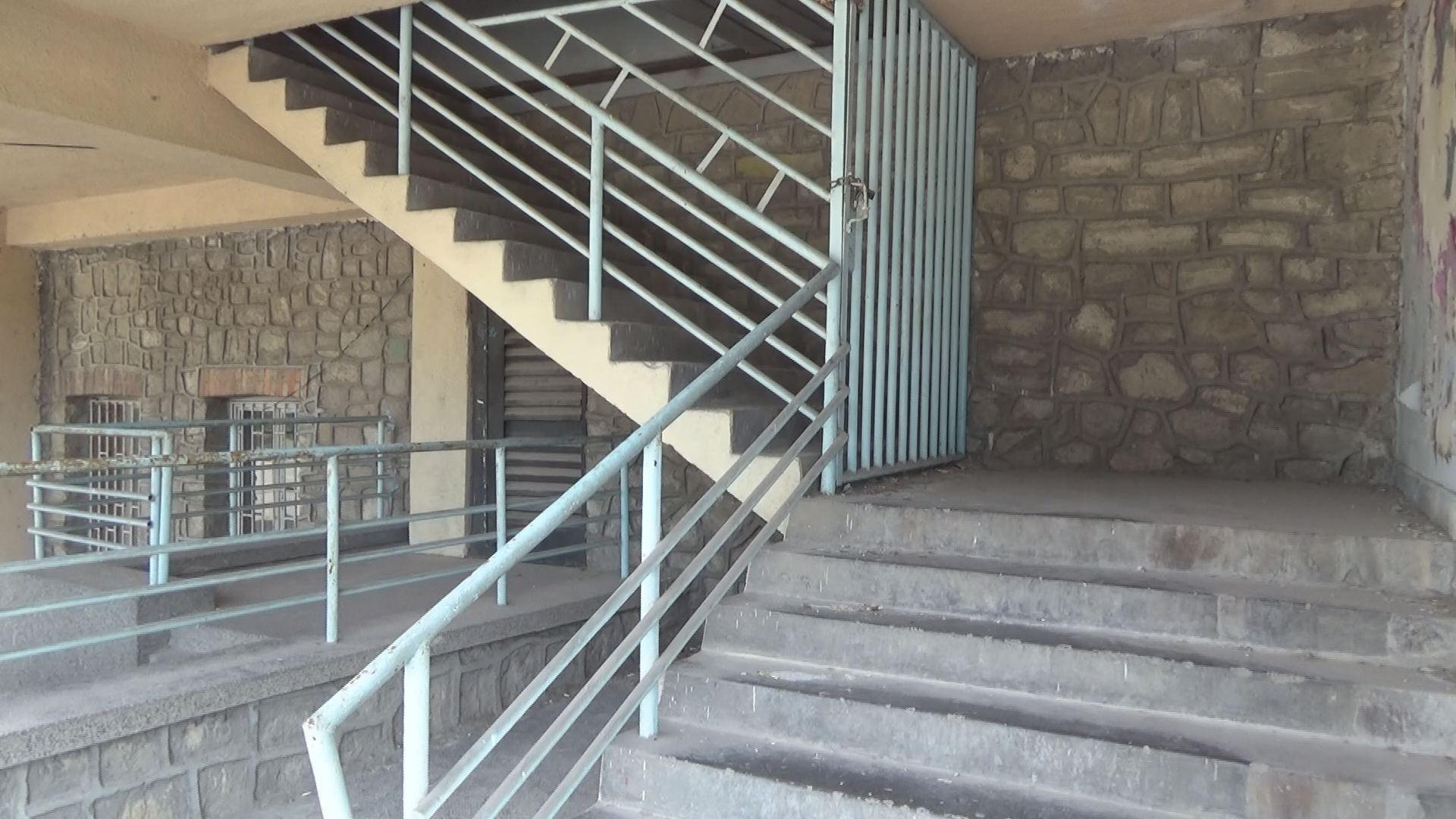 """Ще стане ли стадион """"Пловдив"""" спортното бижу на България или ще потъне в разруха?"""