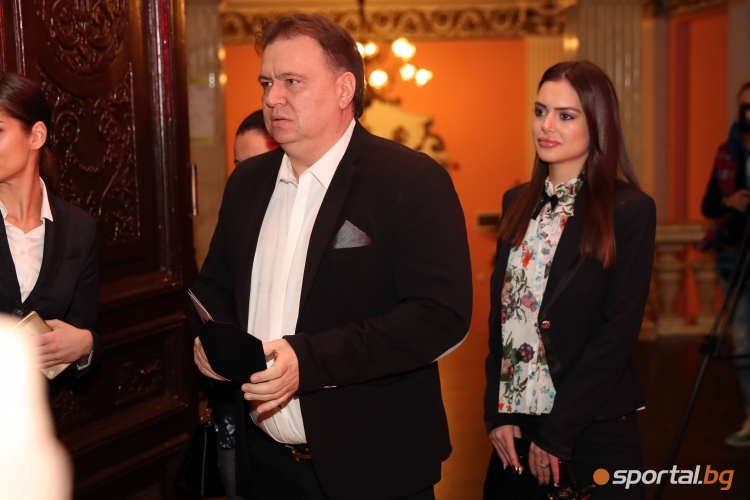 Николай Жейнов