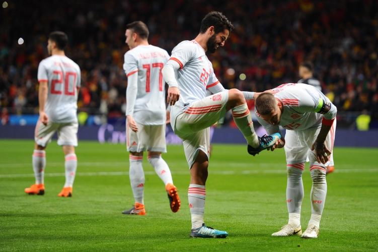 Испания развинти Аржентина с 6:1