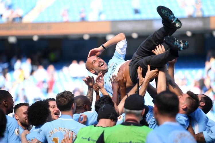 Манчестър Сити празнува титлата