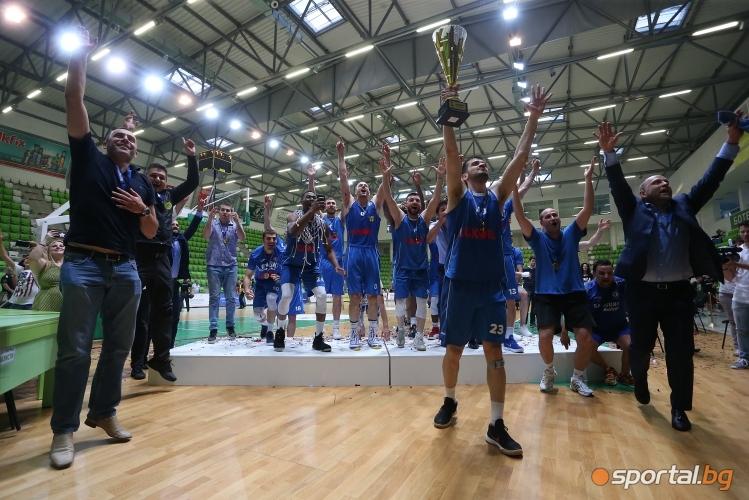 Инфарктен триумф в Ботевград донесе титлата на Левски Лукойл