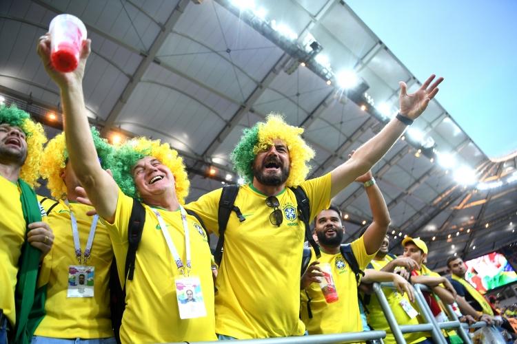 Феновете на Бразилия от мача с Швейцария