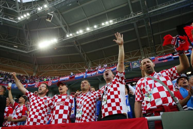 Феновете на Хърватия срещу Нигерия