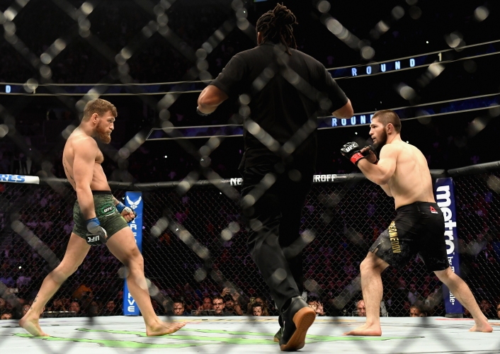 Хабиб Нурмагомедов задуши Конър Макгрегър на UFC 229