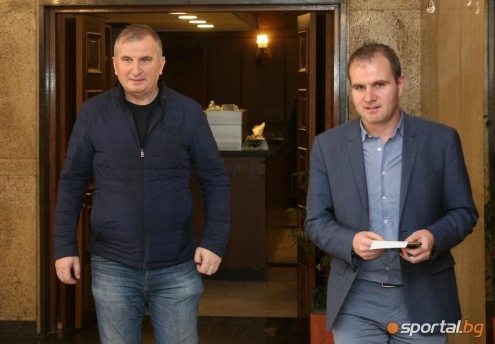 Горан Джокович говори пред медиите на летище София