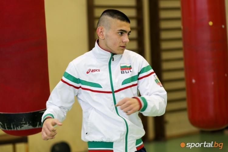 Николай Маринов