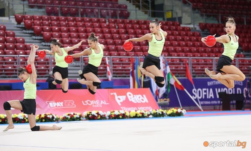 Подиум тренировка на националният ансалбъл по художествена гимнастика