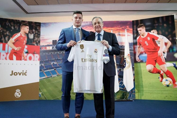 Представянето на Лука Йович в Реал Мадрид