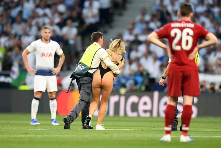 Кинси Волански засенчи постния финал в Мадрид