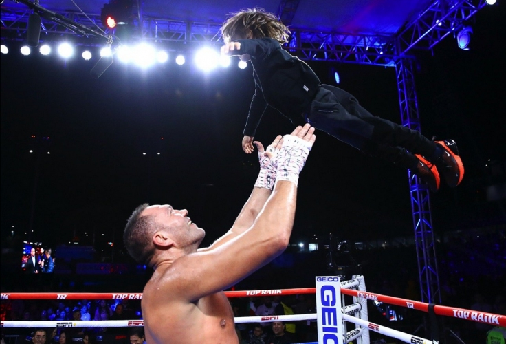 СНИМКИ: Mikey Williams, Top Rank Boxing