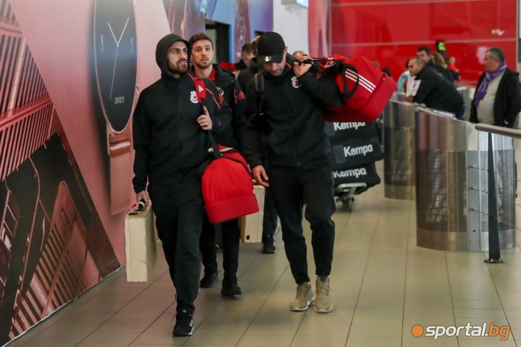 Отборът на ЦСКА-София се завърна от Анталия