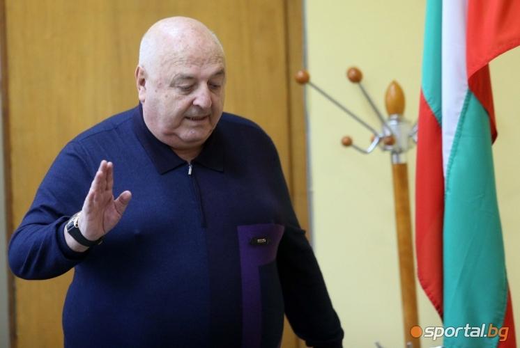 Пресконференция на Венци Стефанов