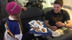 Звезда от НХЛ с мил жест към болно момиче