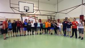 Националният отбор по бокс за момичета и девойки преди ЕП в София