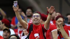 Феновете на Тунис срещу Англия