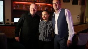 Марк Уилямс и Джон Хигинс се срещнаха с фенове в София