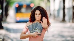 """Красива шампионка и топ фотограф подкрепиха мисията на книгата """"Останете живи"""""""