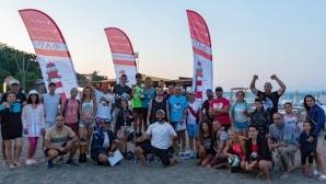 Над 40 младежи сътвориха истинско шоу в състезание по плажнобой в Бургас