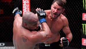 Стипе Миочич надви Даниел Кормие в брутална битка и защити титлата си на UFC 252