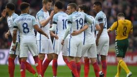 Лесна победа за Англия