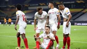 Севиля нанесе фатален удар в края и пребори Уулвс по пътя към 1/2-финала